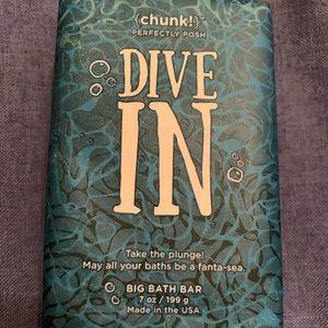 Perfectly Posh Dive In Chunk